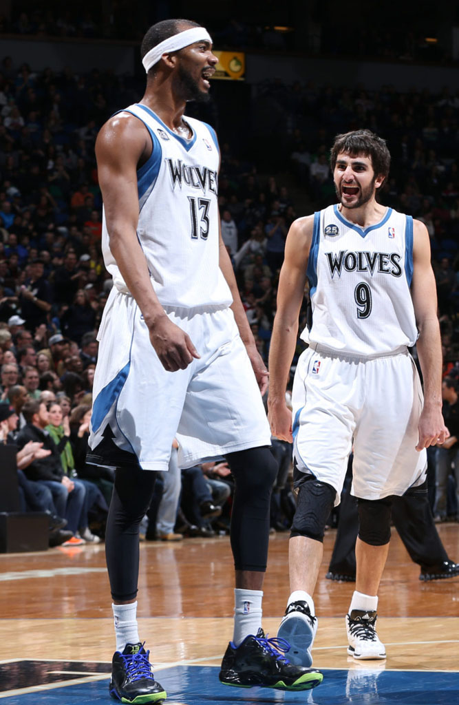 Corey Brewer wearing Under Armour Anatomix Spawn Low Black/Blue-Green PE