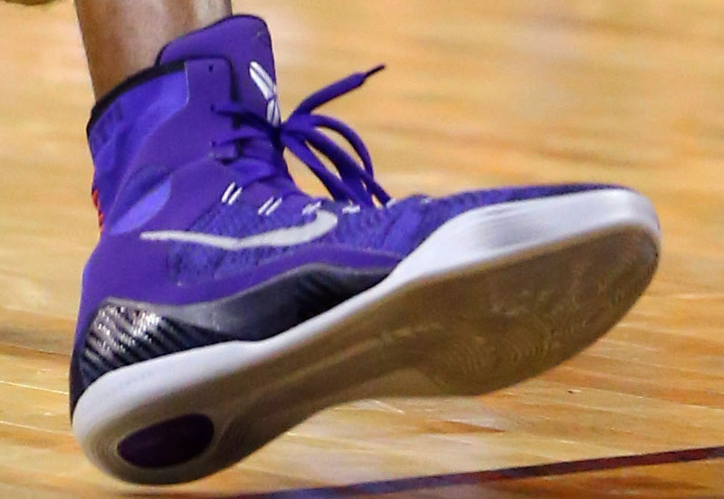 sale retailer 0a643 8068b Kobe Bryant wearing Nike Kobe 9 Elite Purple (2)