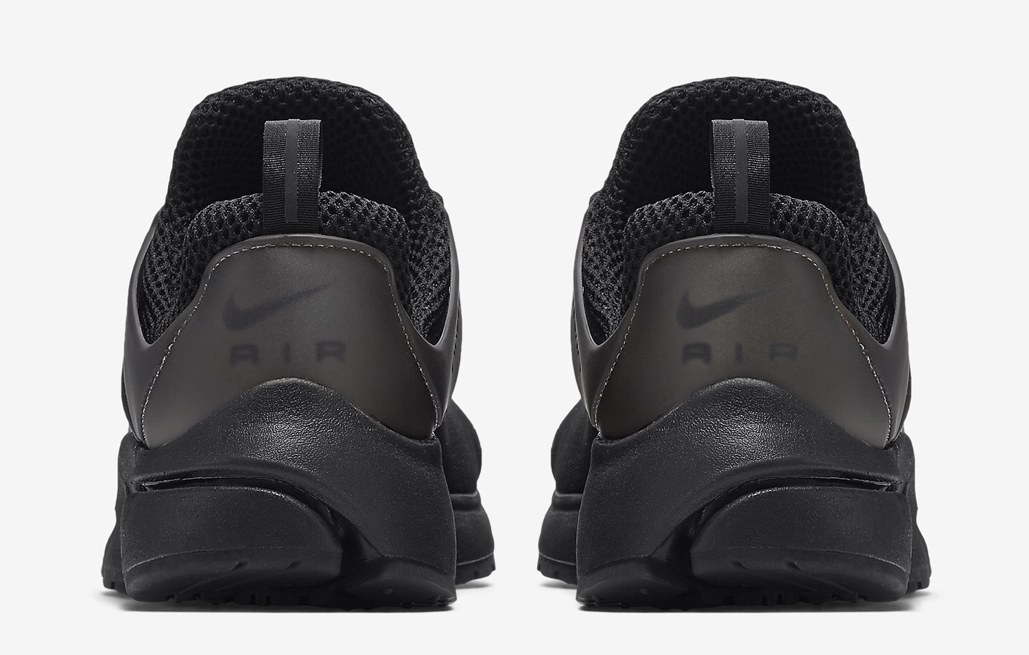 huge discount a8840 47373 Nike Blacks Out on the Air Presto