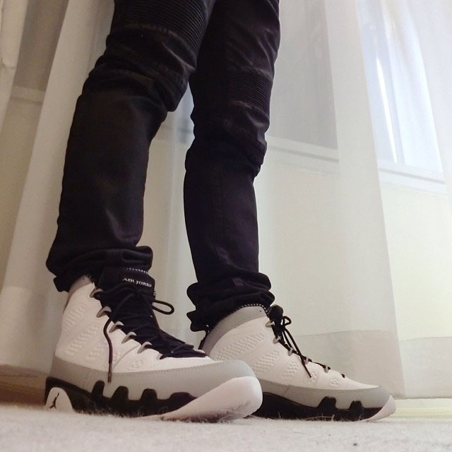 Air Jordan 9 Retro Barons 302370-106  (1)