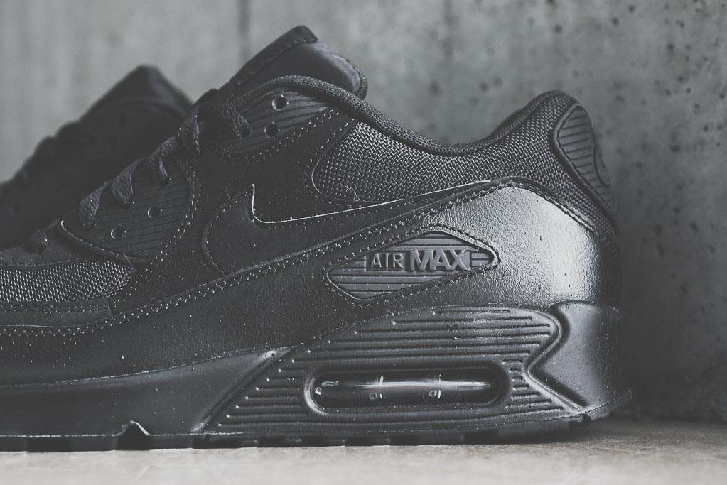 nike air max 90 essential black black