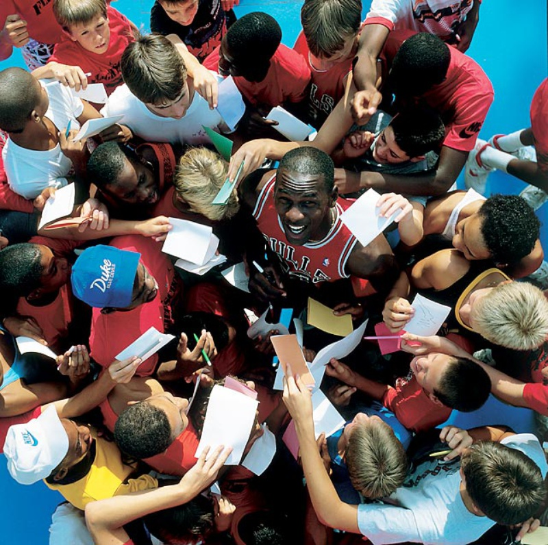 52 Michael Jordan Photos (29)