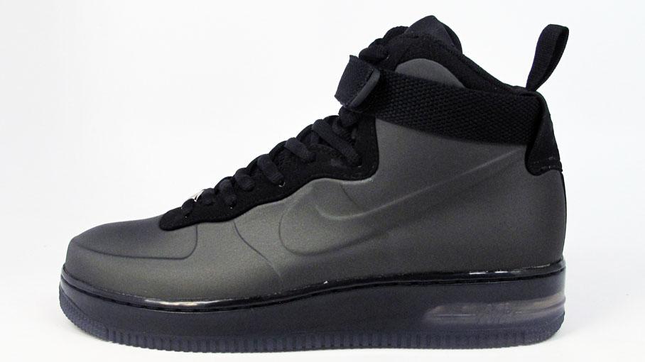 Nike Air Force Foamposite Black