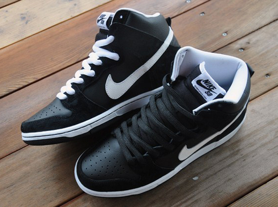 Look for these to hit next month as part of Nike Skateboarding s September  Footwear line-up. 7932ad0fc023