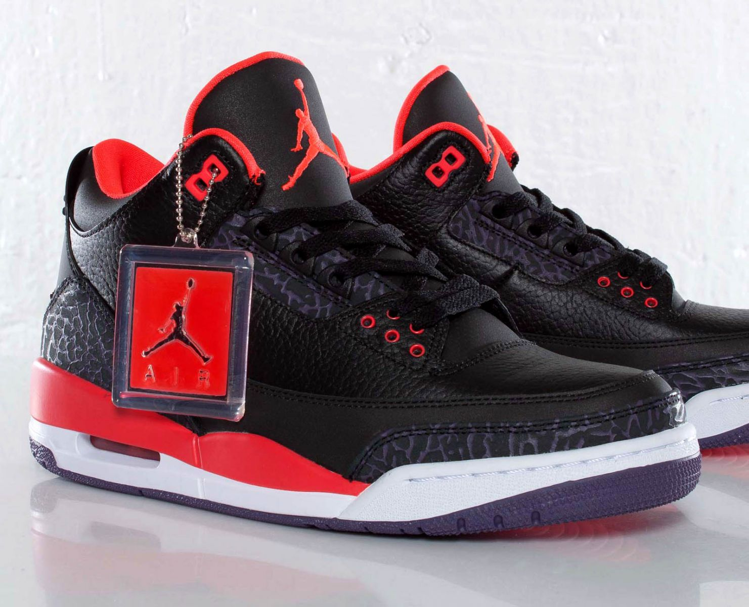 uk availability 941e1 cc09c Air Jordan 3 Retro