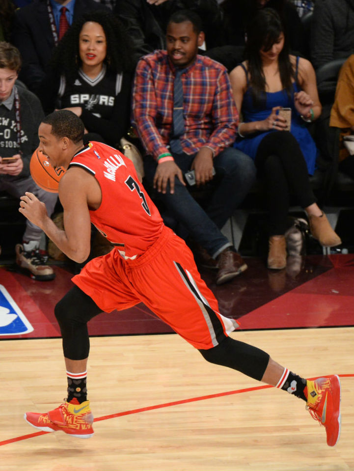 C.J. McCollum Wearing the Nike HyperRev 2016