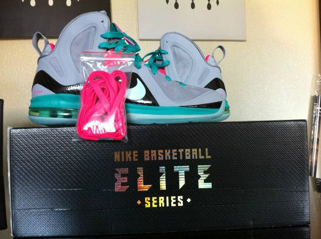Nike LeBron 9 South Beach Wolf Grey McFly 516958-001 (2)