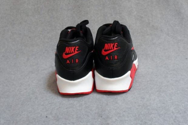 nike air max 90 essential black sport red