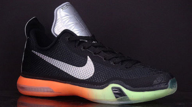 more photos 3f346 a4bc5 This Is What the Nike Kobe X Looks Like in GS Form