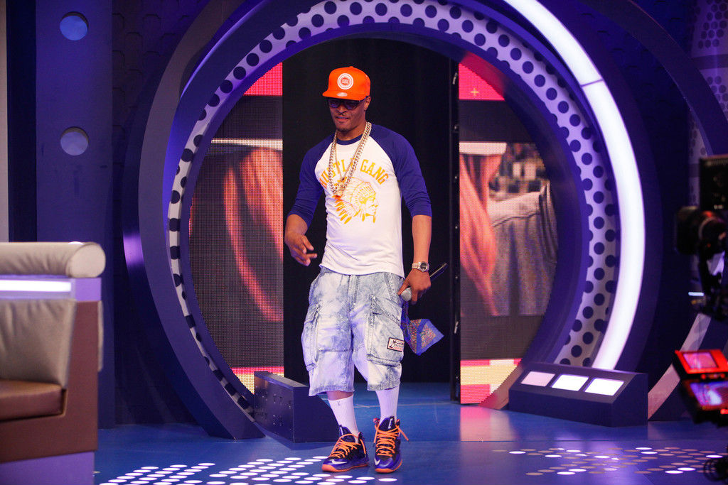 T.I. Wears Nike LeBron X PS Elite Superhero (4)