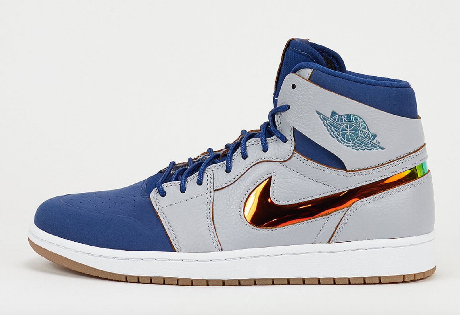 be67519eafc67a The Air Jordan 1 Nouveau Dunks From Above
