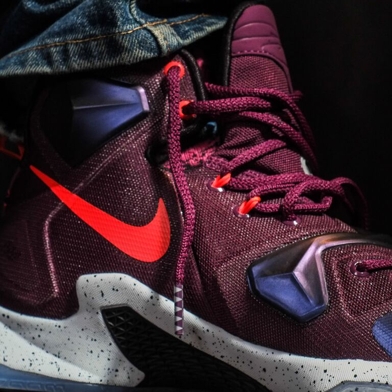 Nike LeBron 13 Berry On-Foot 807219-500 (5)