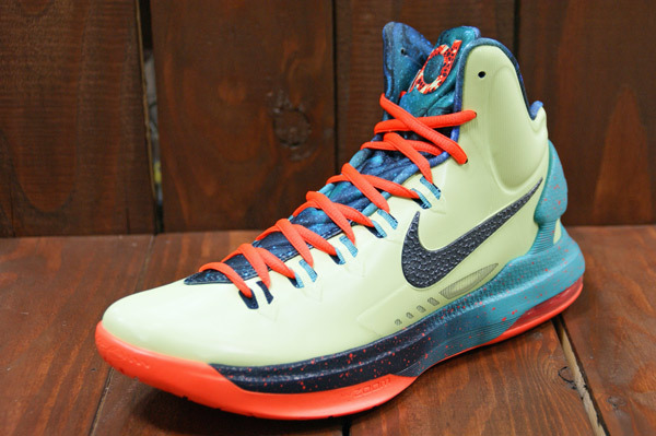 e65e78e7fd8 Kevin Durant will take part in his fourth career NBA All-Star game in this  all new Area 72 inspired KD V by Nike Basketball.
