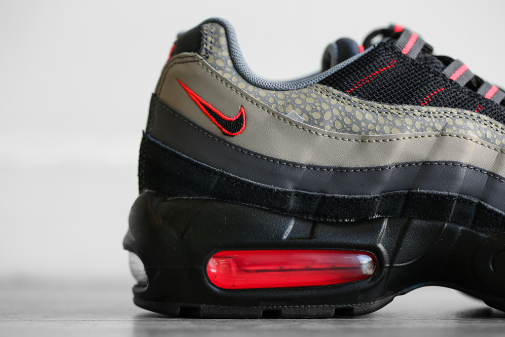 Nike Air Huarache Black Safari