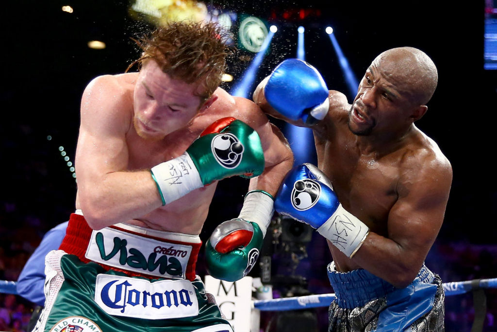 Floyd Mayweather Moves To 45-0 With Decision Over Canelo Alvarez (7)