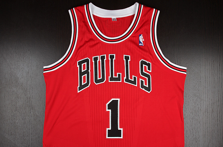 Jersey Spotlight // Derrick Rose Chicago Bulls adidas REV30 (6)