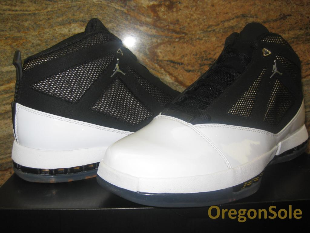 6c84faa91225b0 Air Jordan 16 Retro - White University Gold-Black - 2012 Unreleased Sample