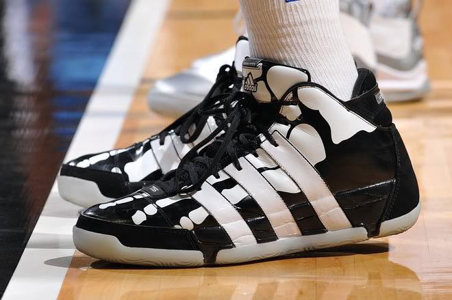 pretty nice 67aae 0c248 Tim Duncan Skeleton Shoes