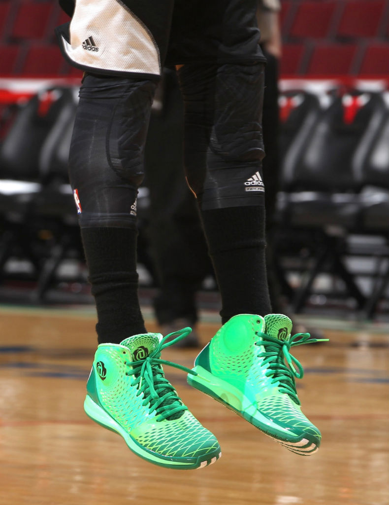 52acde3d5f81 Derrick Rose wearing adidas Rose 3.5 St. Patrick s Day (1)