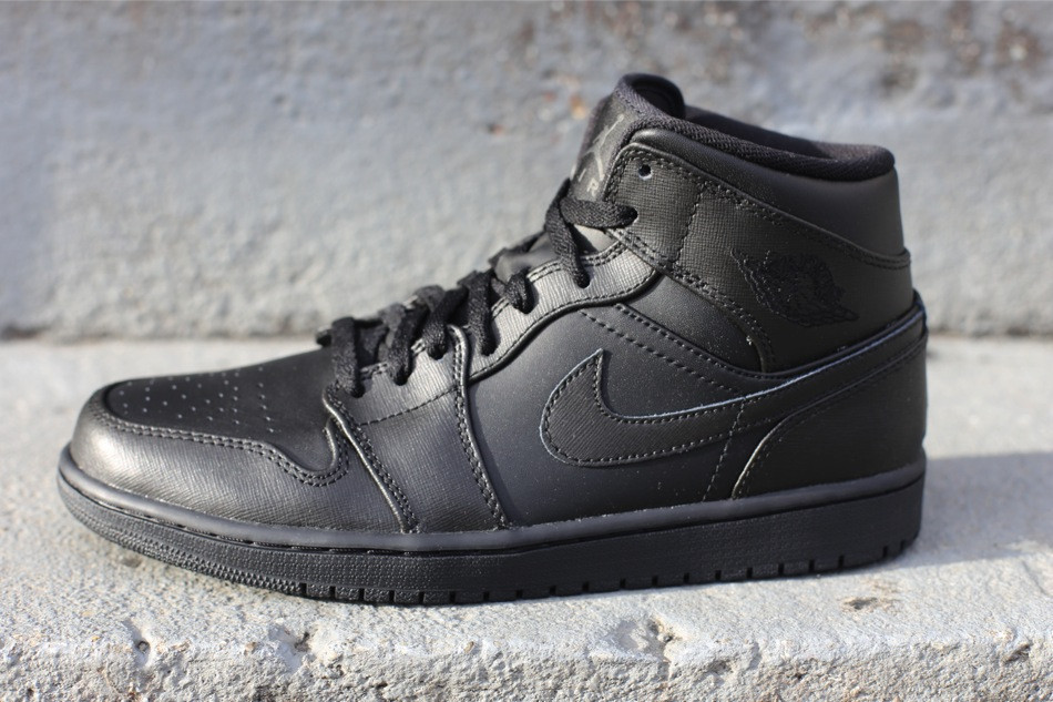 air jordan 1 retro all black