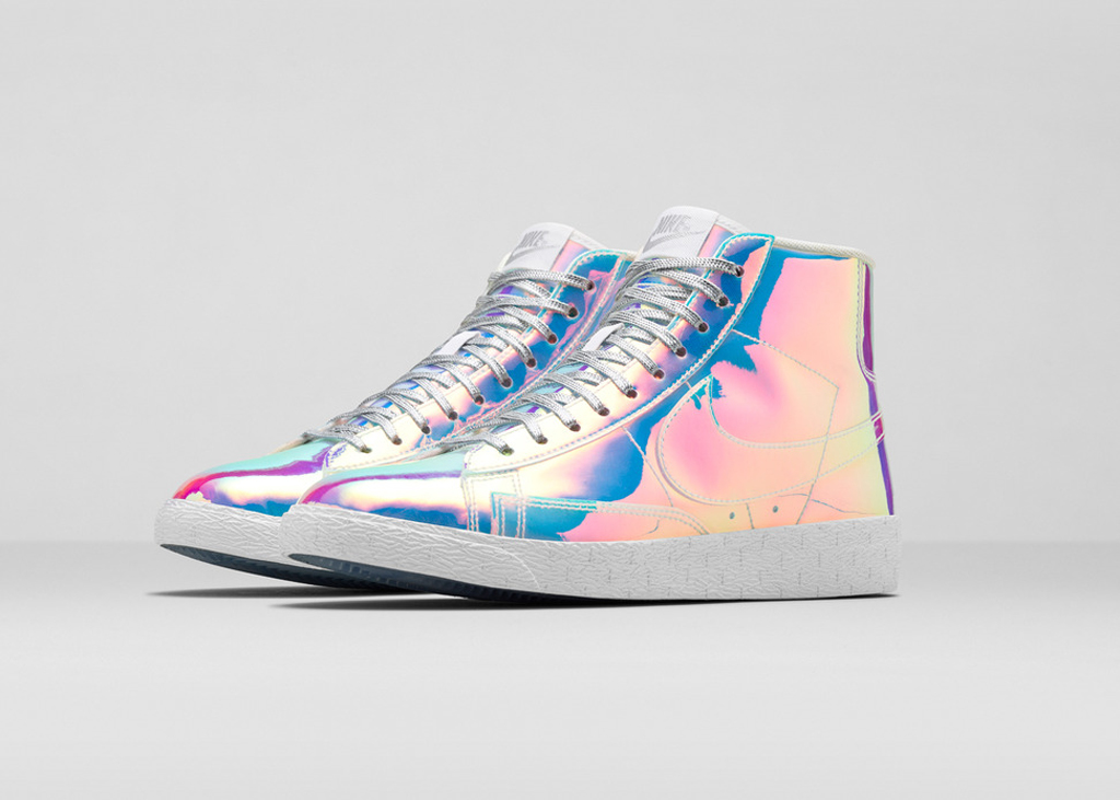 Nike Sportswear cooks up this unique edition of the Blazer for the ladies