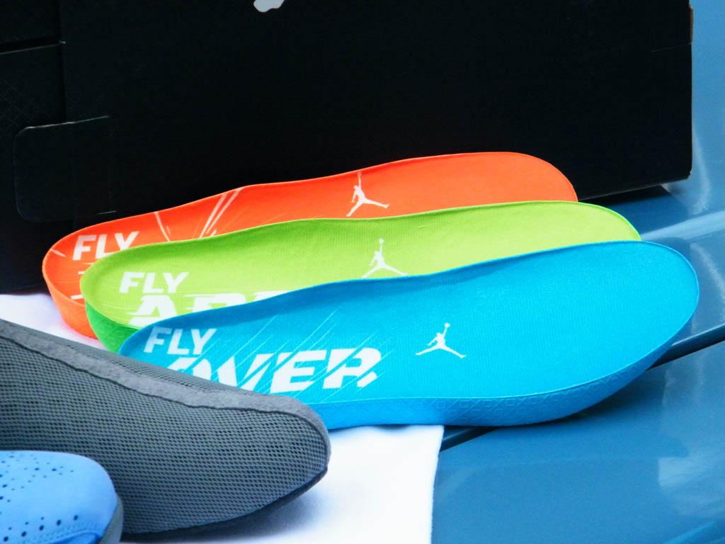 ... Air Jordan 2012 University Blue White Dark Steel Grey 484654-400 (3) ... 80066d7793