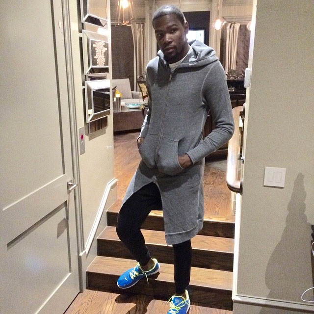 Kevin Durant wearing Nike Free Trainer 3.0
