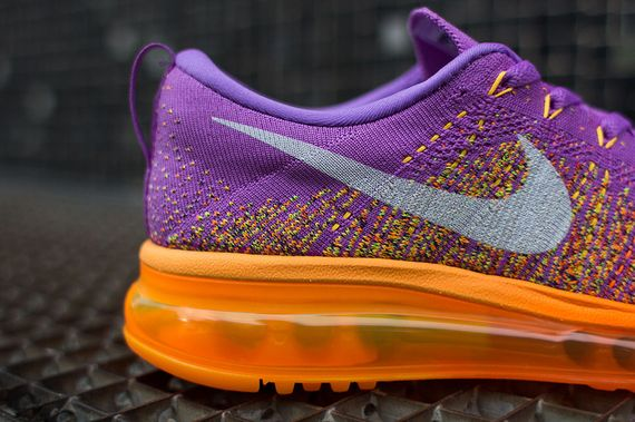 finest selection 48d06 8220f The Atomic Purple Total Orange Nike WMNS Air Max Flyknit is now up for  grabs via NikeStore.