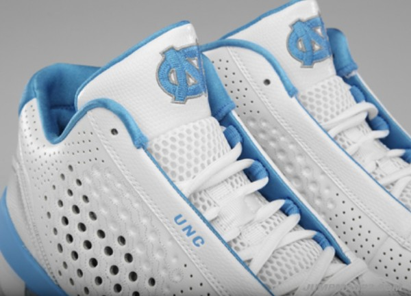 Air Jordan 2010 Team University of North Carolina