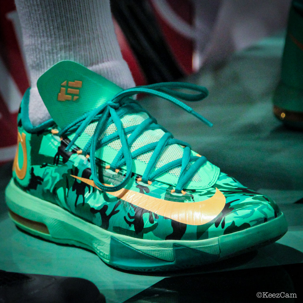 Essence Carson wearing Nike KD VI 6 Easter (4)