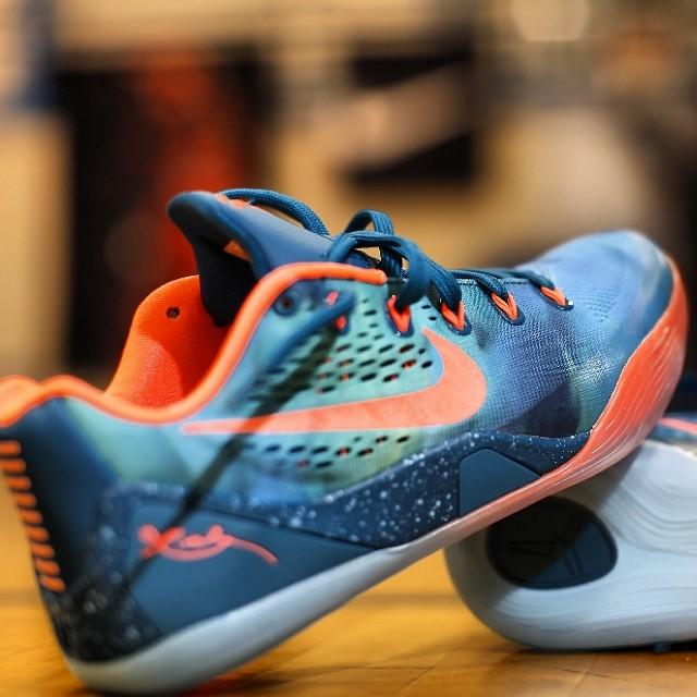 big sale 45213 7de7e Nike Kobe IX 9 EM Peach Jam (2)