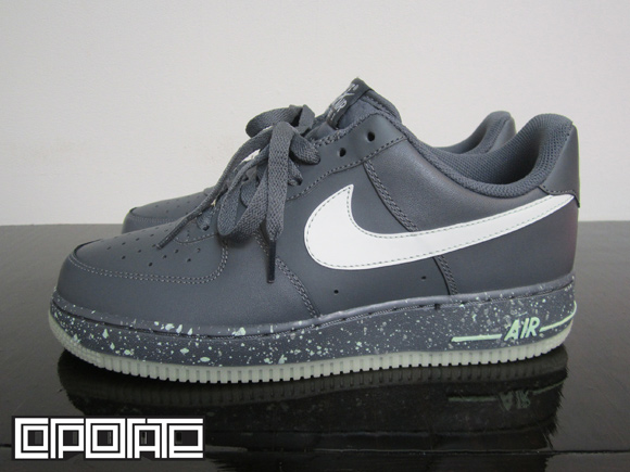 d21e804702fea Nike Air Force 1 Low - Glow in the Dark - Available