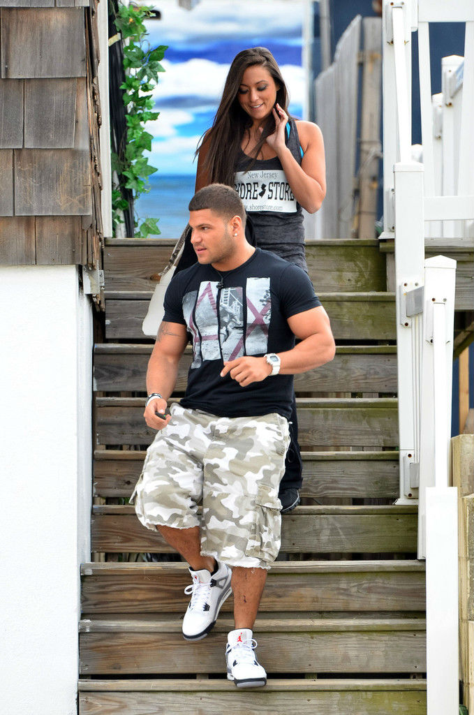 Ronnie Ortiz-Magro wearing Air Jordan IV 4 Cement