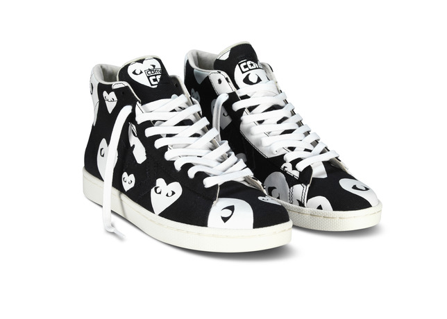 PLAY x Converse Pro Leather Mid