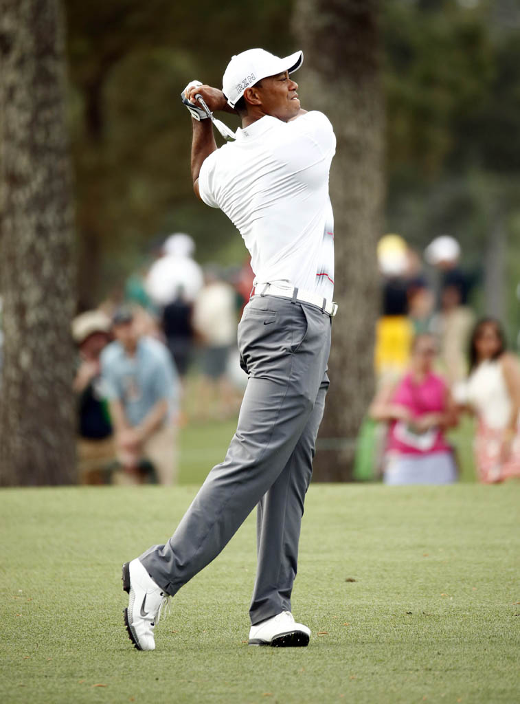 Tiger Woods Wearing New Shoes