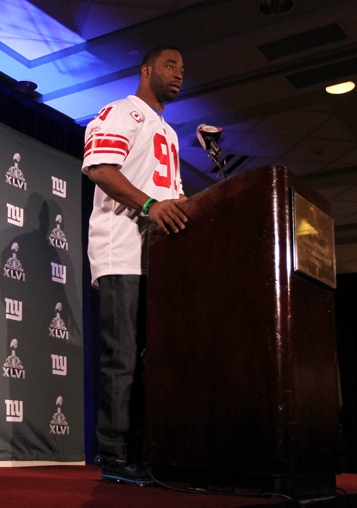 Justin Tuck wearing Nike Air Max 2011