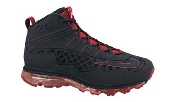 0c9924ce9d Nike Air Max Jr. Black/Varsity Red - April 2011 | Sole Collector