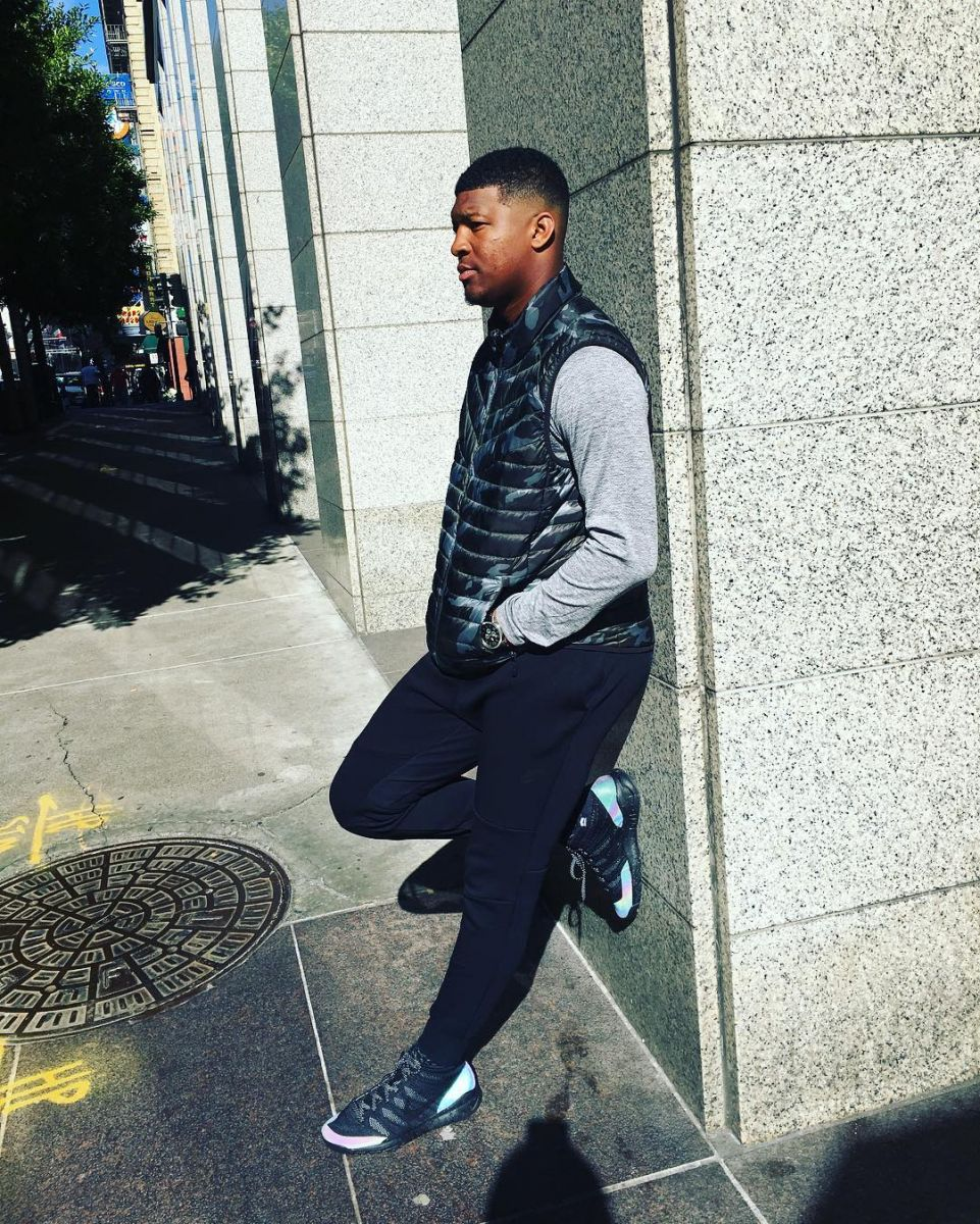 Jameis Winston Wearing the 'Iridescent' Nike Flyknit Trainer Chukka FSB