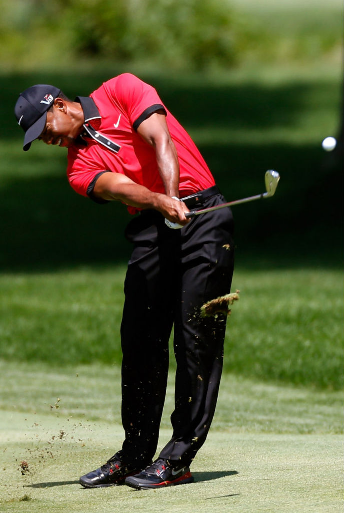 Tiger Woods Wins Bridgestone In Sunday Red Nike Tw 14