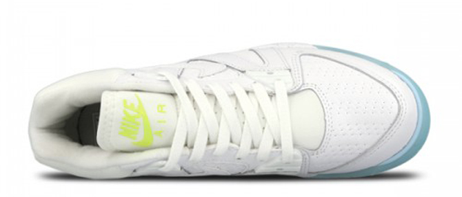 Nike Air Tech Challenge 3. Style    749957-101 6331749af540