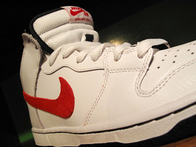 super popular 3c409 3e653 Nike SB Dunk Mid Pro - WhiteSport Red-Black - July 2011