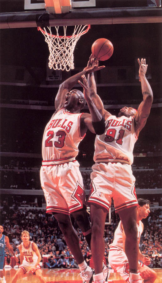 Michael Jordan wearing Air Jordan XI 11 Concord (6)