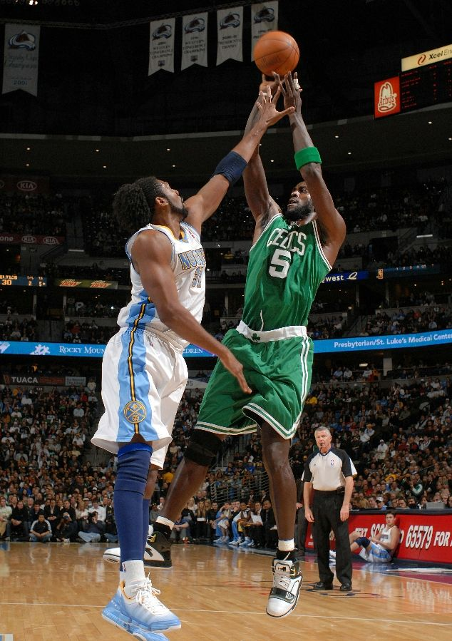Kevin Garnett wearing the ANTA KG1; Nene wearing the adidas TS Heat Check
