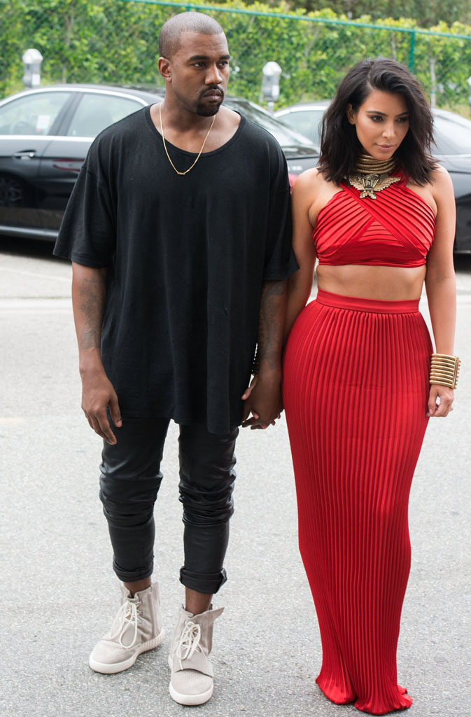 Kanye West wearing adidas Yeezy Boost Grey (28)
