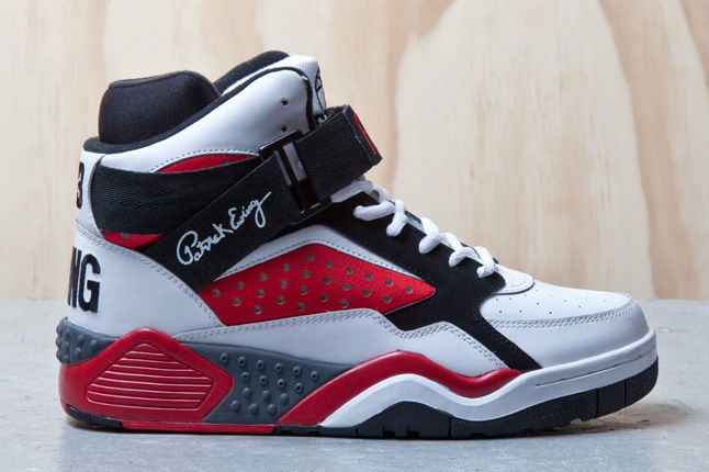 Ewing Focus White Red Black (1)