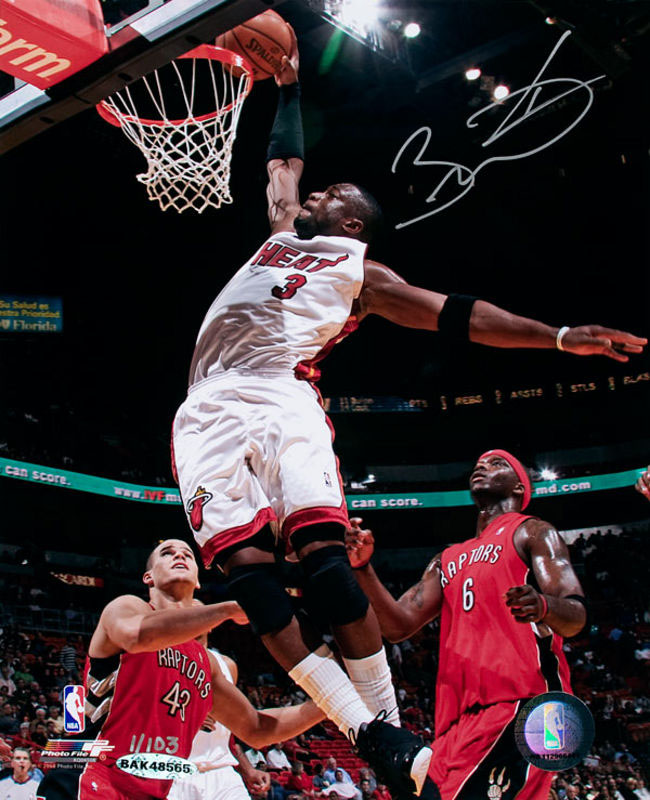 Dwyane Wade Authentic Autographed Picture from Upper Deck