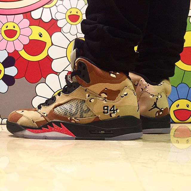 newest 8e7ff e1a24 Air Jordan 5 Supreme Camo On-Foot (2)