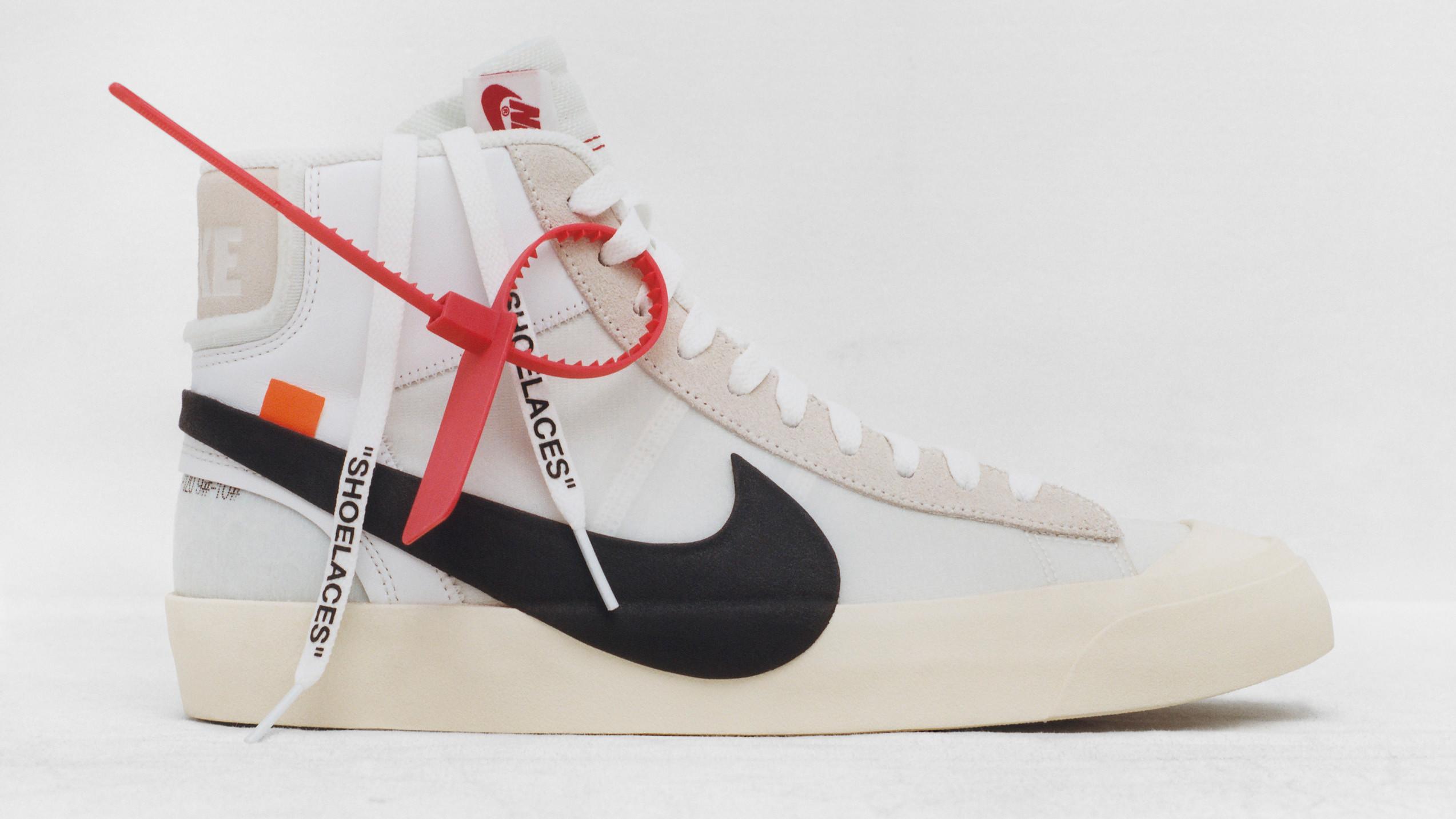 Fake White Collector Off SneakersSole Nike Blazer kXuZiP
