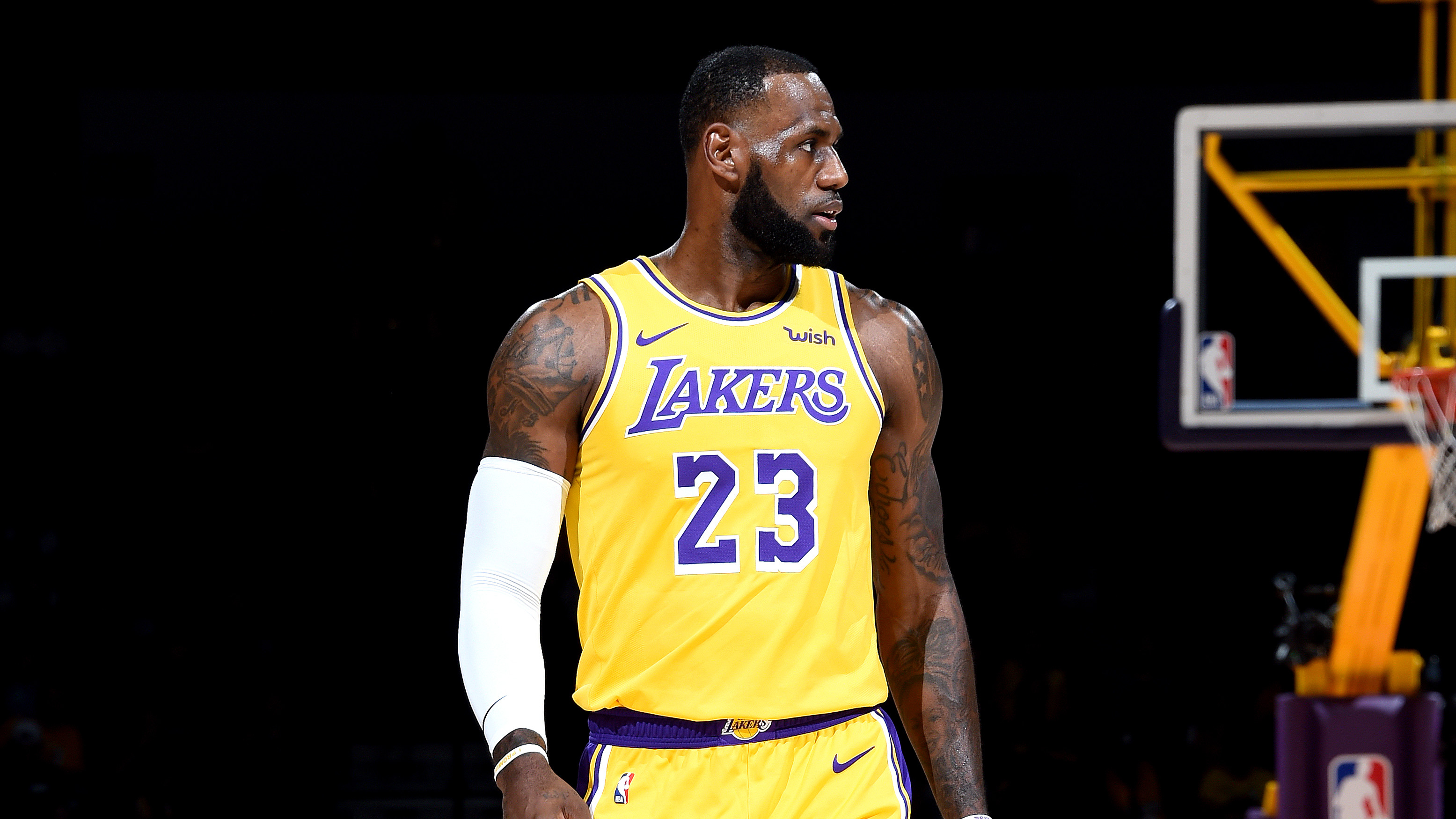 'i CommercialSole Nike Collector Believe' Lebron James WY29DHIE