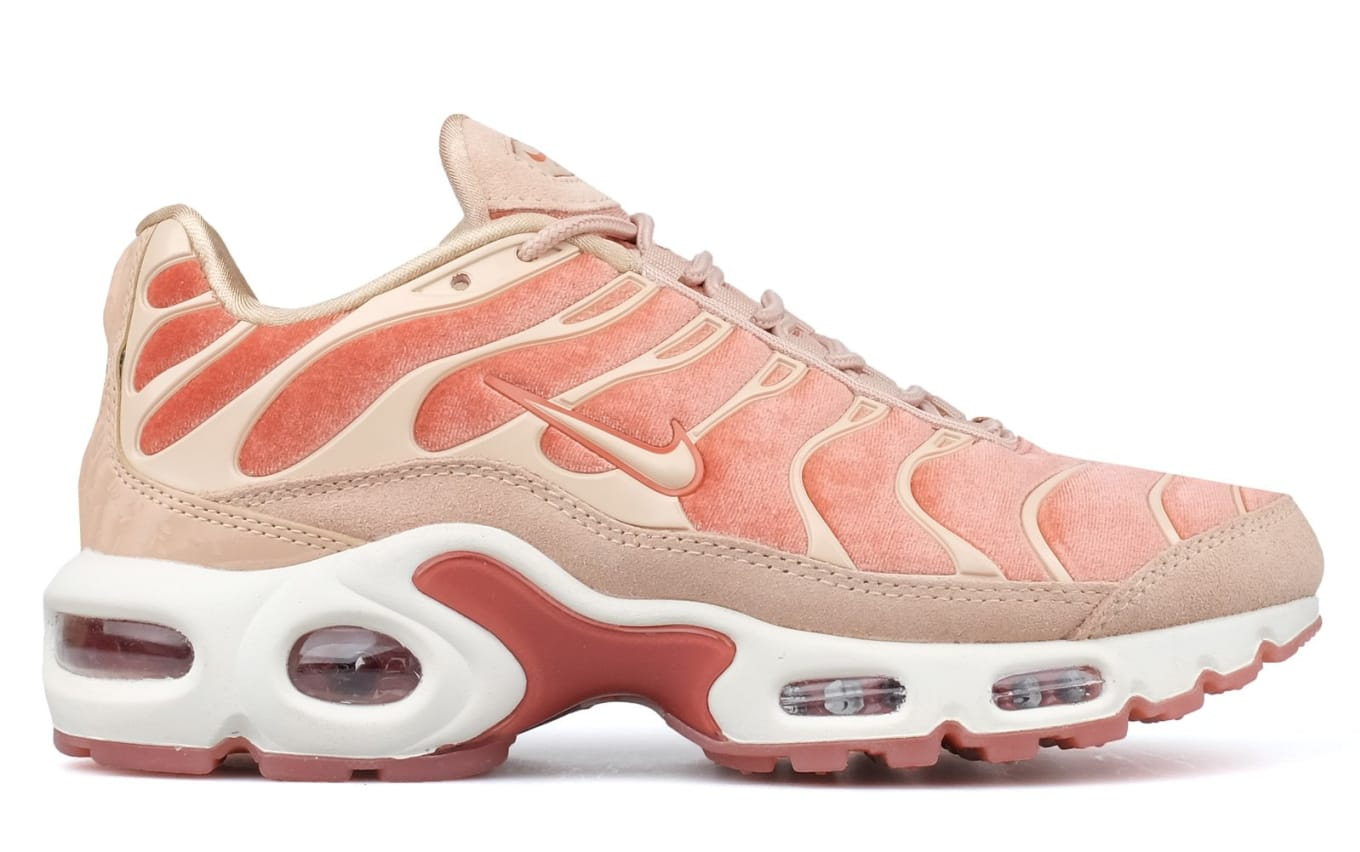 2f5418a0dc69 Nike Air Max Plus Lux  Dusty Pink Bio Beige-Summit White  Release ...